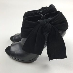 7 FOR ALL MANKIND DOJO BOOTIES SIZE 8.5